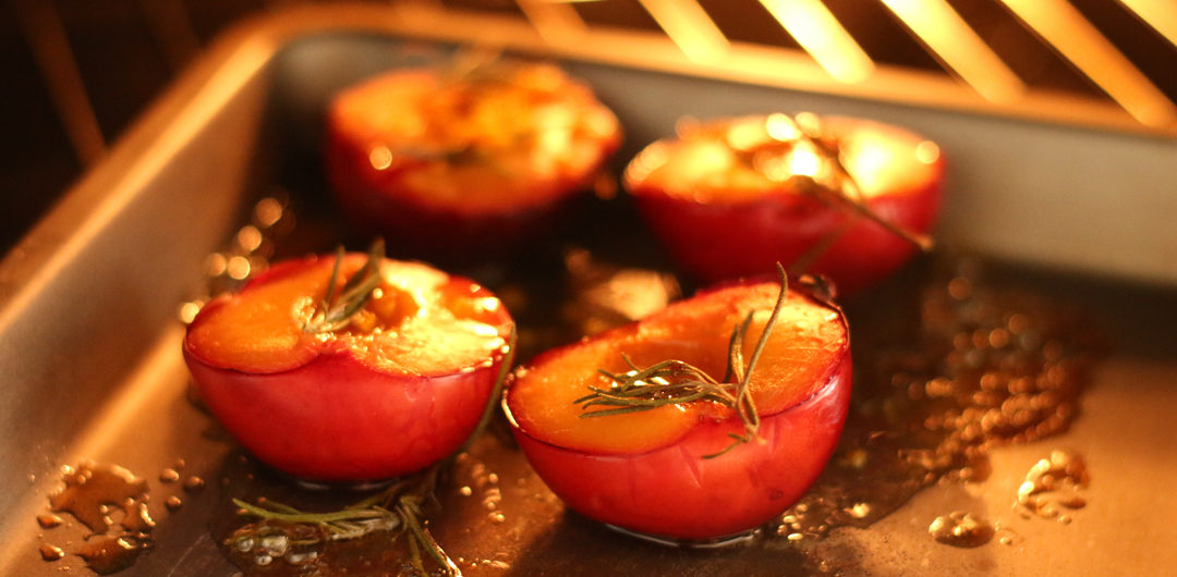 rosemary roasted plums